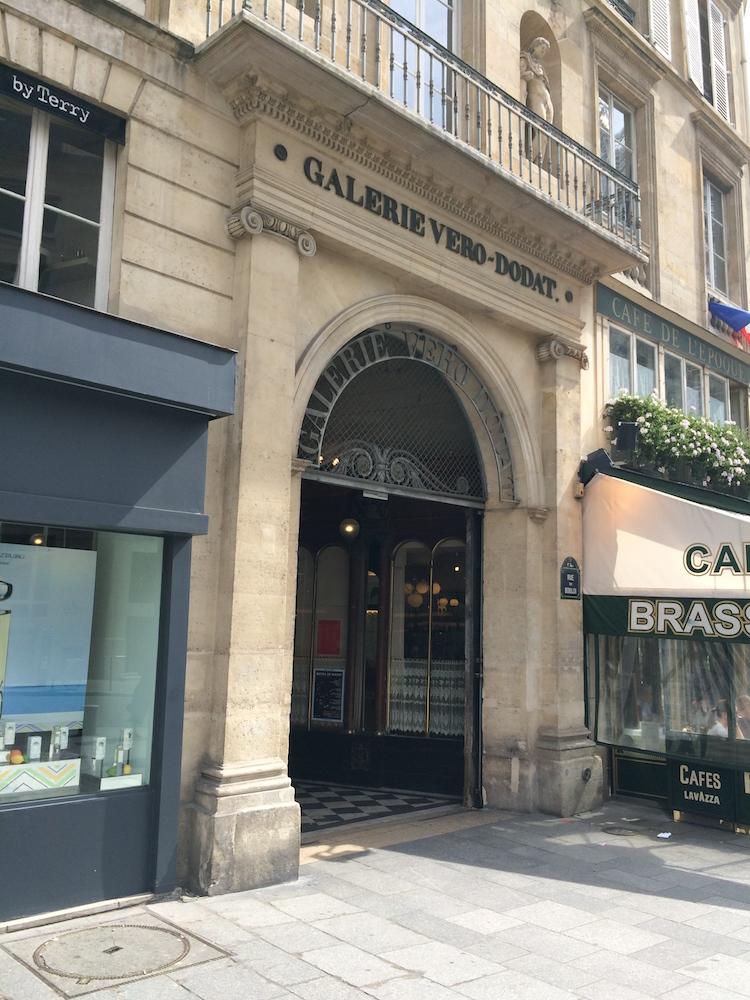 Entrance to Galerie Véro-Dodat
